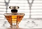 parfumul de dama arabesc